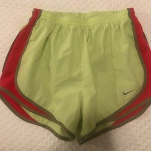 Nike tempo yellow shorts small